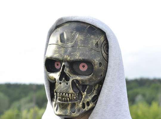 Конечно, настоящая маска
