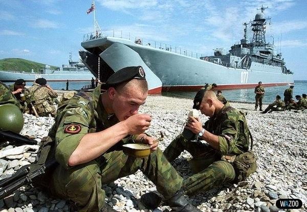 всего в каких регионах россии млужит морская пехота также