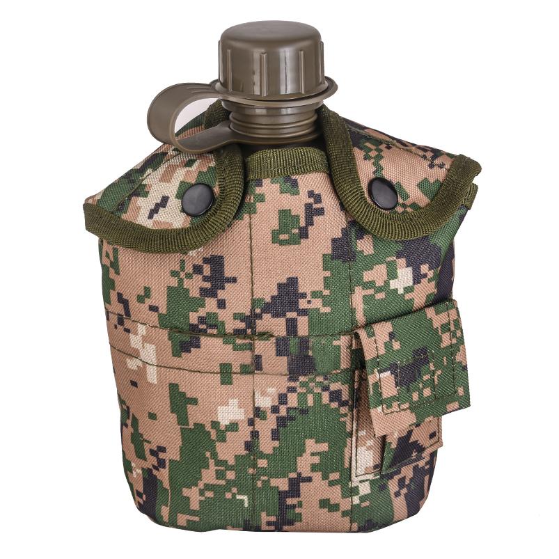 Армейская фляга с кружкой-котелком