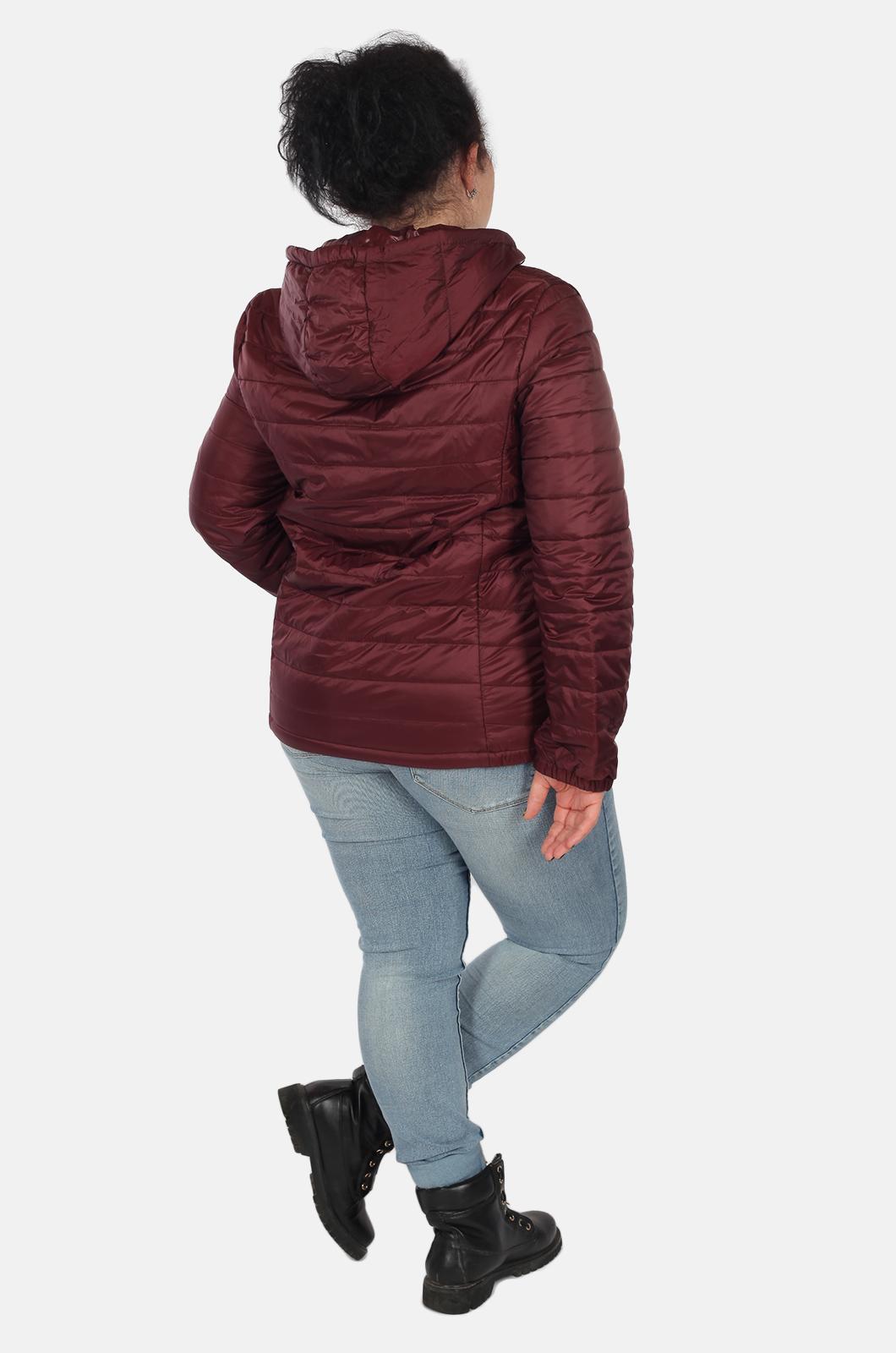 Бордовая короткая женская куртка Rosa Thea (Италия) для межсезонья