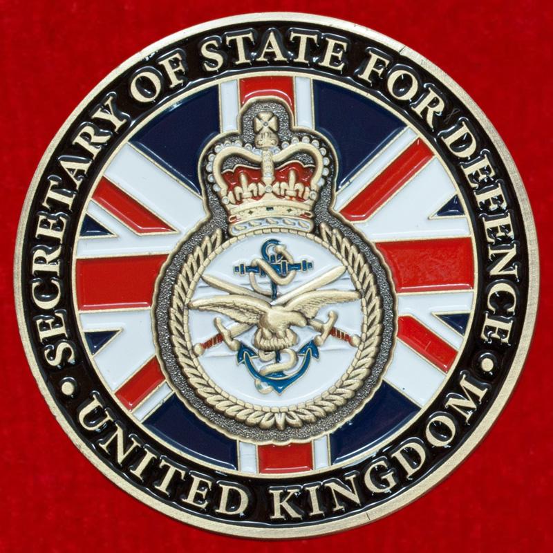 """Челлендж коин """"От министра обороны Великобритании"""""""
