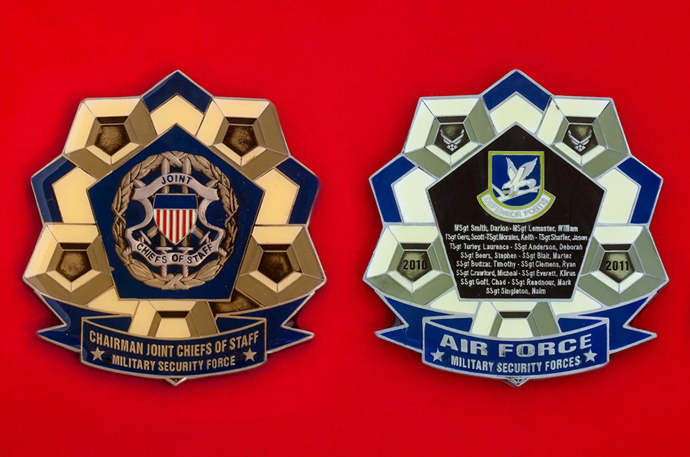 Челлендж коин от председателя Объединенного комитета начальников штабов сотрудникам военной контрразведки ВВС США