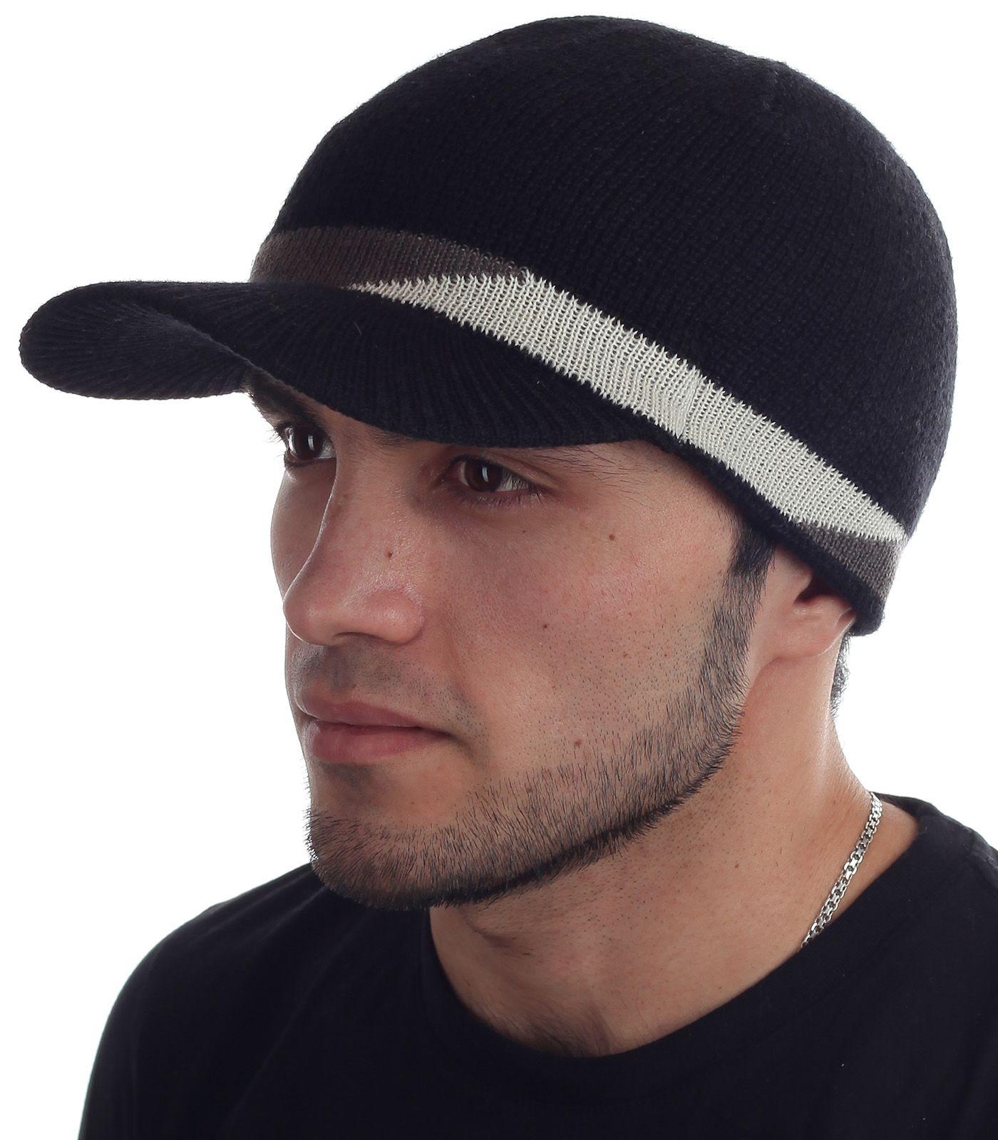 Купить черную трикотажную шапку с козырьком элегантного варианта по оптимальной цене