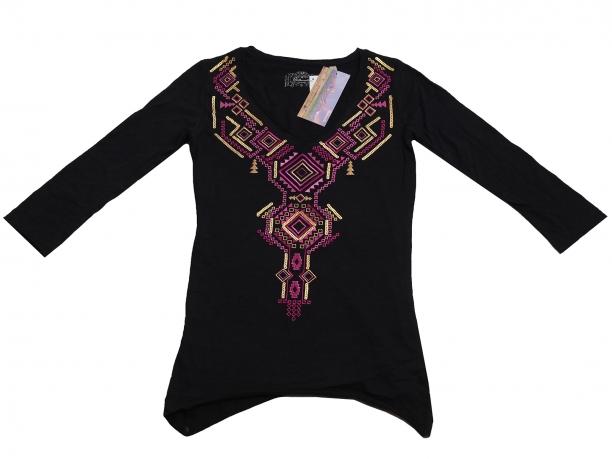 Черная туника с изумительной вышивкой от бренда Panhandle