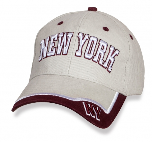 Фирменная бежевая бейсболка New York