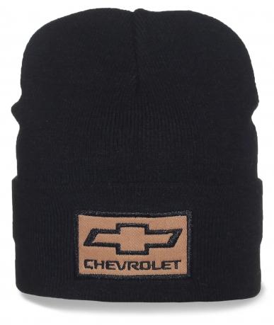 Фирменная шапка Chevrolet. Любители практичности оценят!