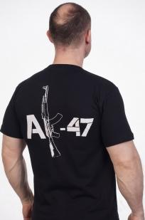 Футболка «АК-47» - вид сзади