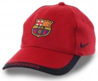 Футбольная бейсболка Барселона – модель для настоящих «cules». Любите клуб, который выбрало ваше сердце. Visca el Barca! Visca Catalunya!