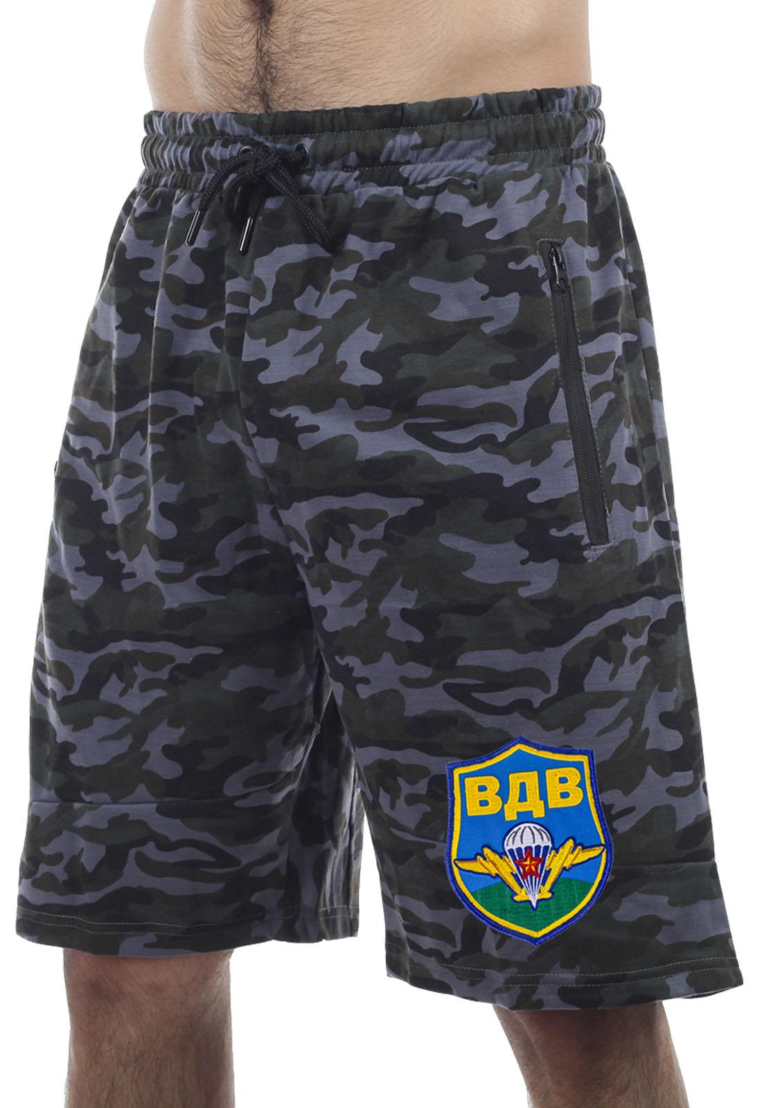 Купить недорого в Москве мужские шорты