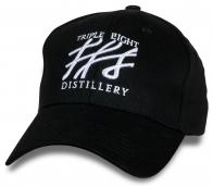 Классная черная бейсболка Triple Eight Distillery.