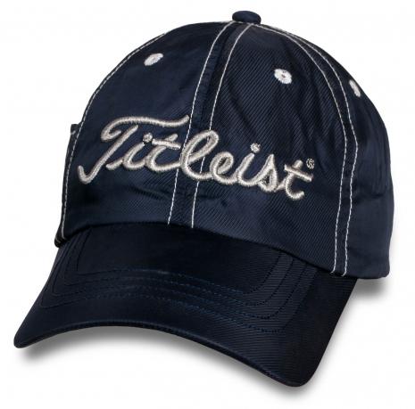 Классная кепка для гольфа от Titleist.