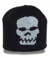 Классная мужская шапка с черепом. Модный головной убор для стильных парней