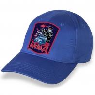Лаконичная ярко-синяя бейсболка с термонаклейкой МВД
