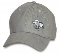 Модная женская кепка от Due.