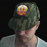Мужская кепка с гербом России