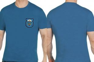 Мужская лаконичная футболка с вышитой эмблемой ВДВ - купить в Военпро
