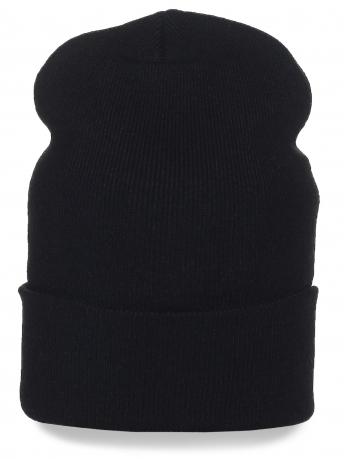 Мужская шапка черного цвета. Мягкий ткань, подворот