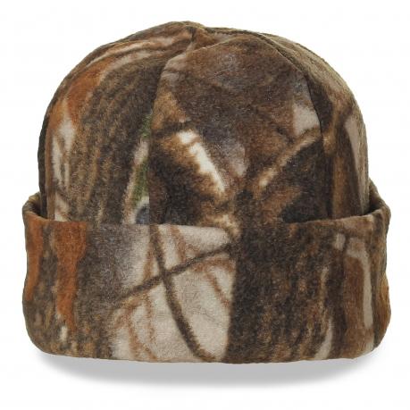 Мягкая шапка камуфляжной расцветки