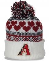 Неординарная женская шапка с отворотом востребованная универсальная в этом сезоне