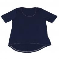 Однотонная футболка. Модная модель из 100% хлопка