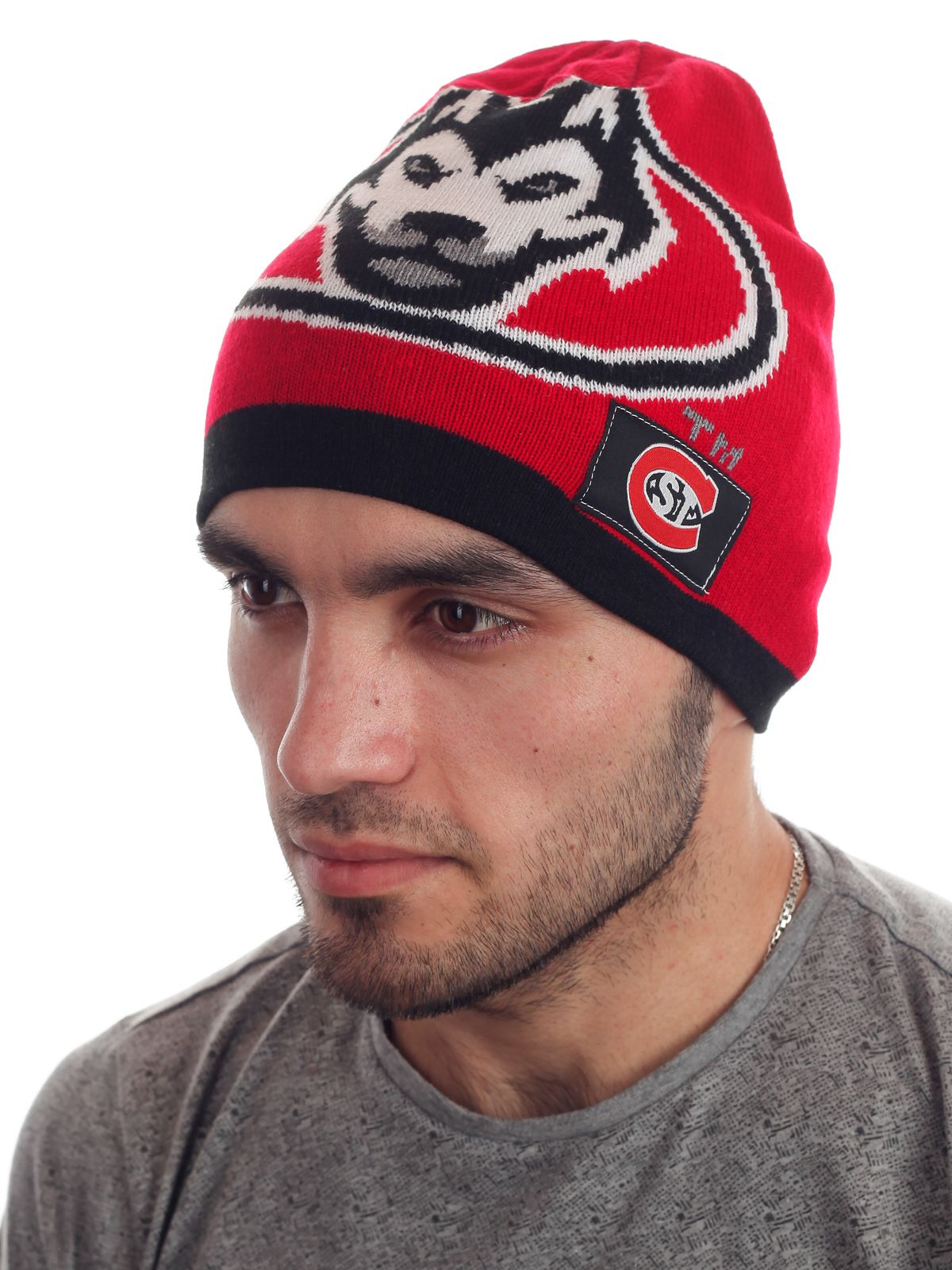 Купить спортивную мужскую шапку