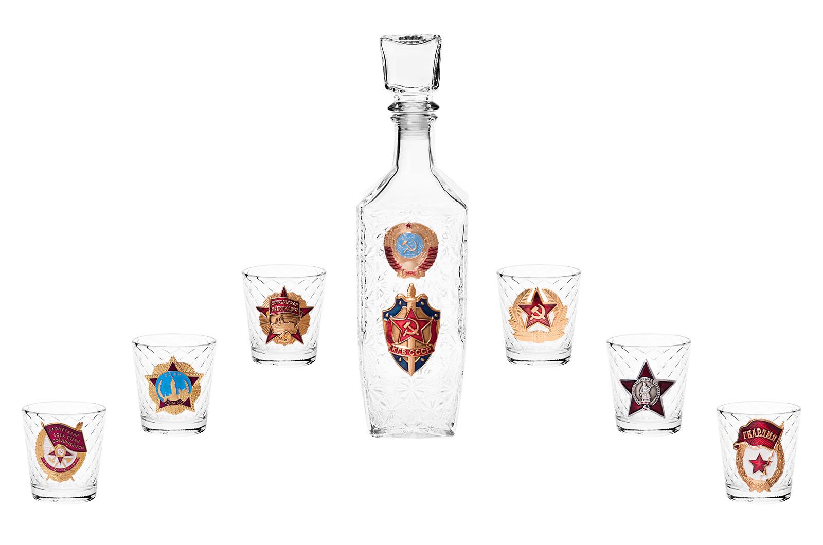 """Купить подарочный водочный набор """"КГБ"""""""