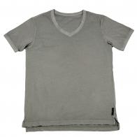 Серая футболка из натурального хлопка. V-образный вырез, модный покрой