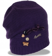 Современная востребованная женская зимняя шапка утепленная флисом по супер низкой цене
