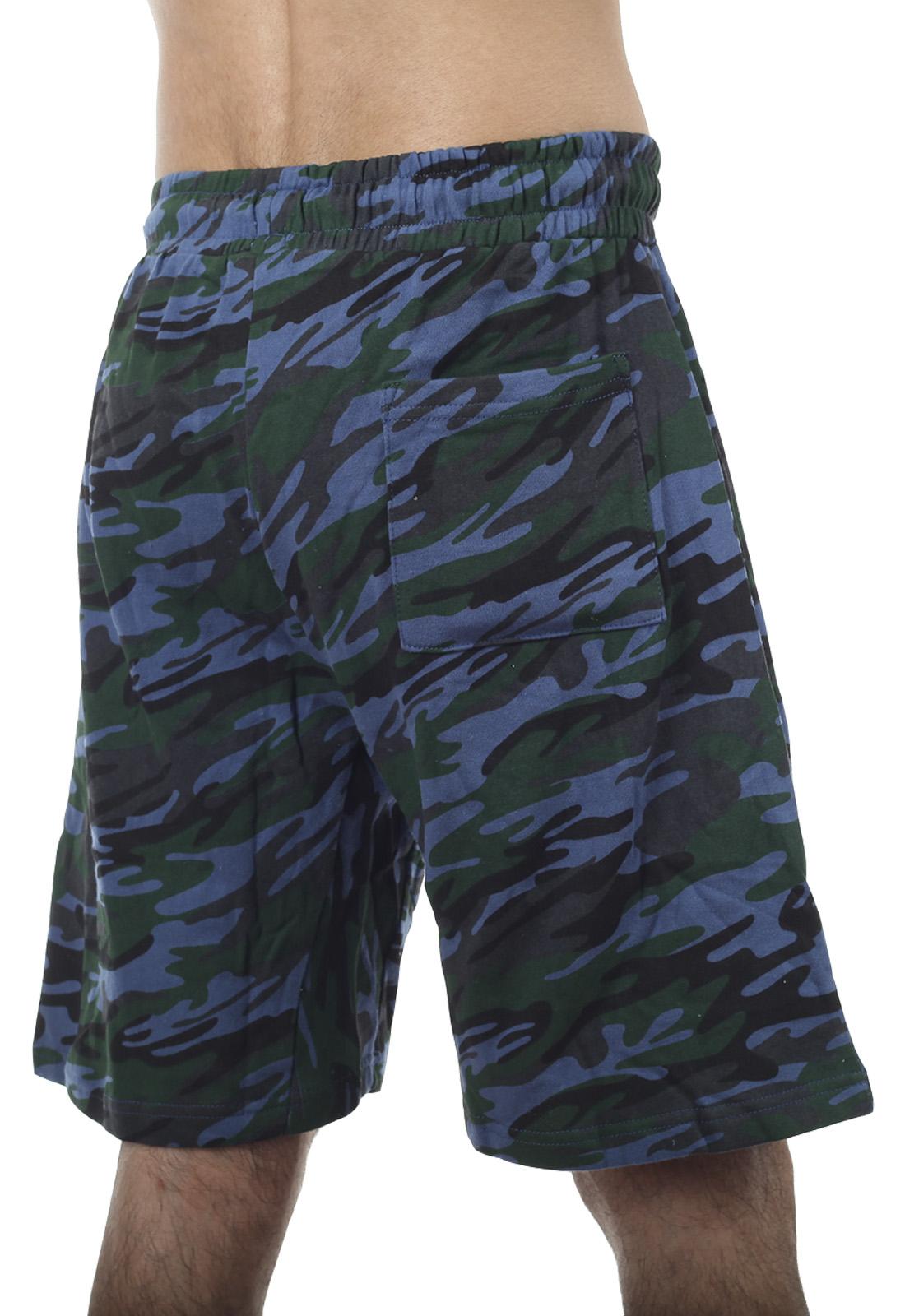 Купить мужские шорты на резинке в камуфляжном дизайне
