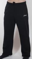 Мужские спортивные штаны от культового японского бренда Asics. Недорогая качественная модель для тренировок и на каждый день