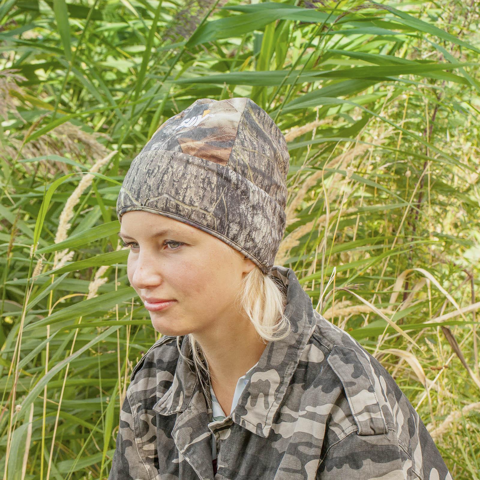 Стильные женские шапки в камуфляжном дизайне