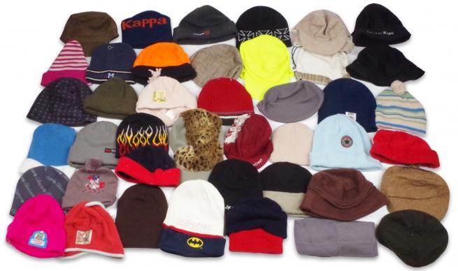 Стильные шапки и шляпы для мужчин и женщин: 80 штук по 100 рублей