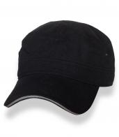 Строгая классическая кепка-немка