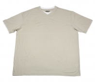 Светлая футболка Roundtree&Yorke из натурального хлопка