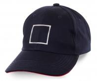 Темно-синяя кепка на каждый день