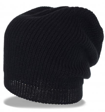 Удлиненная мужская трикотажная шапка с напуском назад. Новомодная модель идеально впишется в стиль большого города
