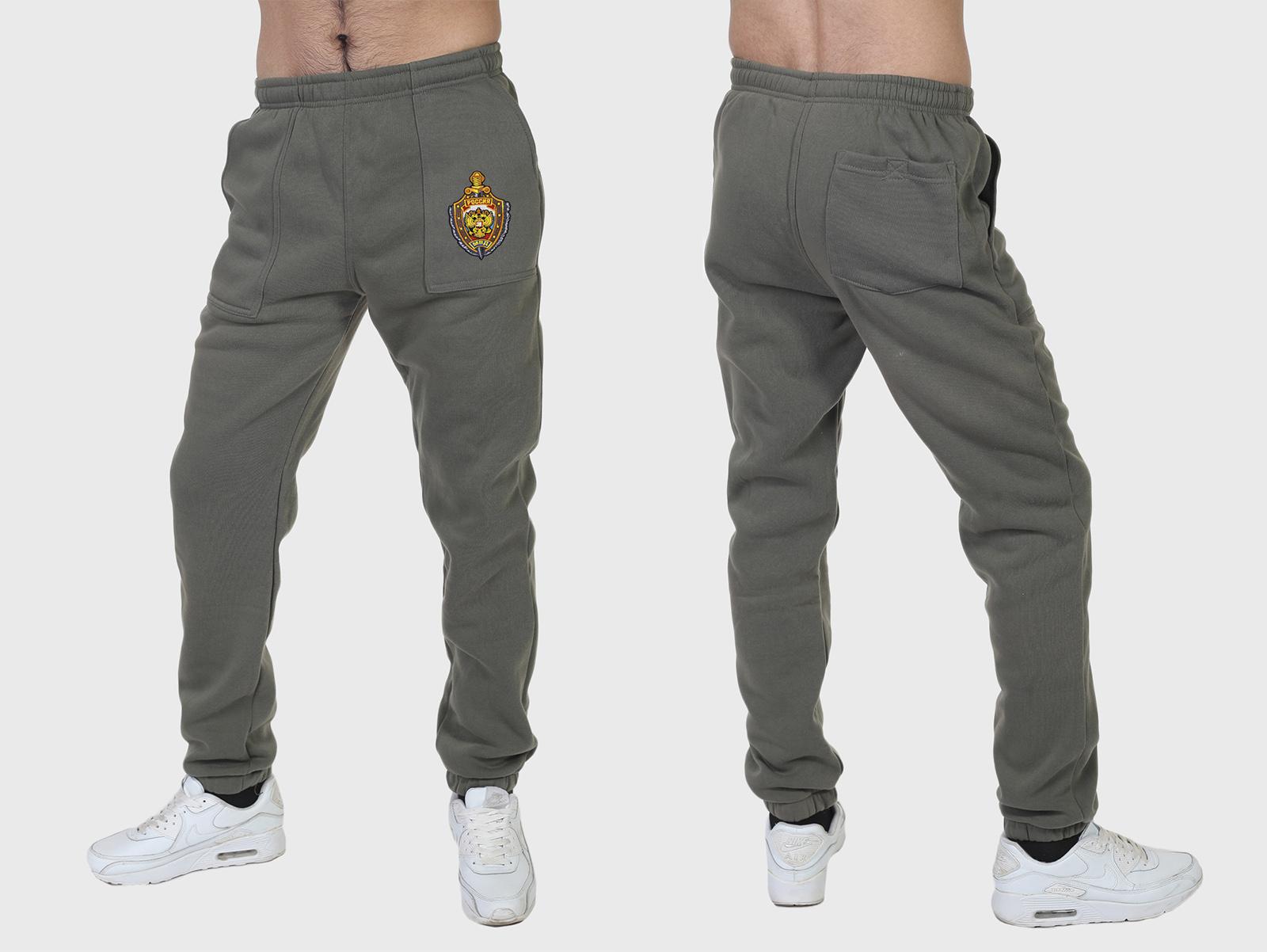Теплые спортивные штаны на флисе с вышитыми нашивками - новинка от Военпро!