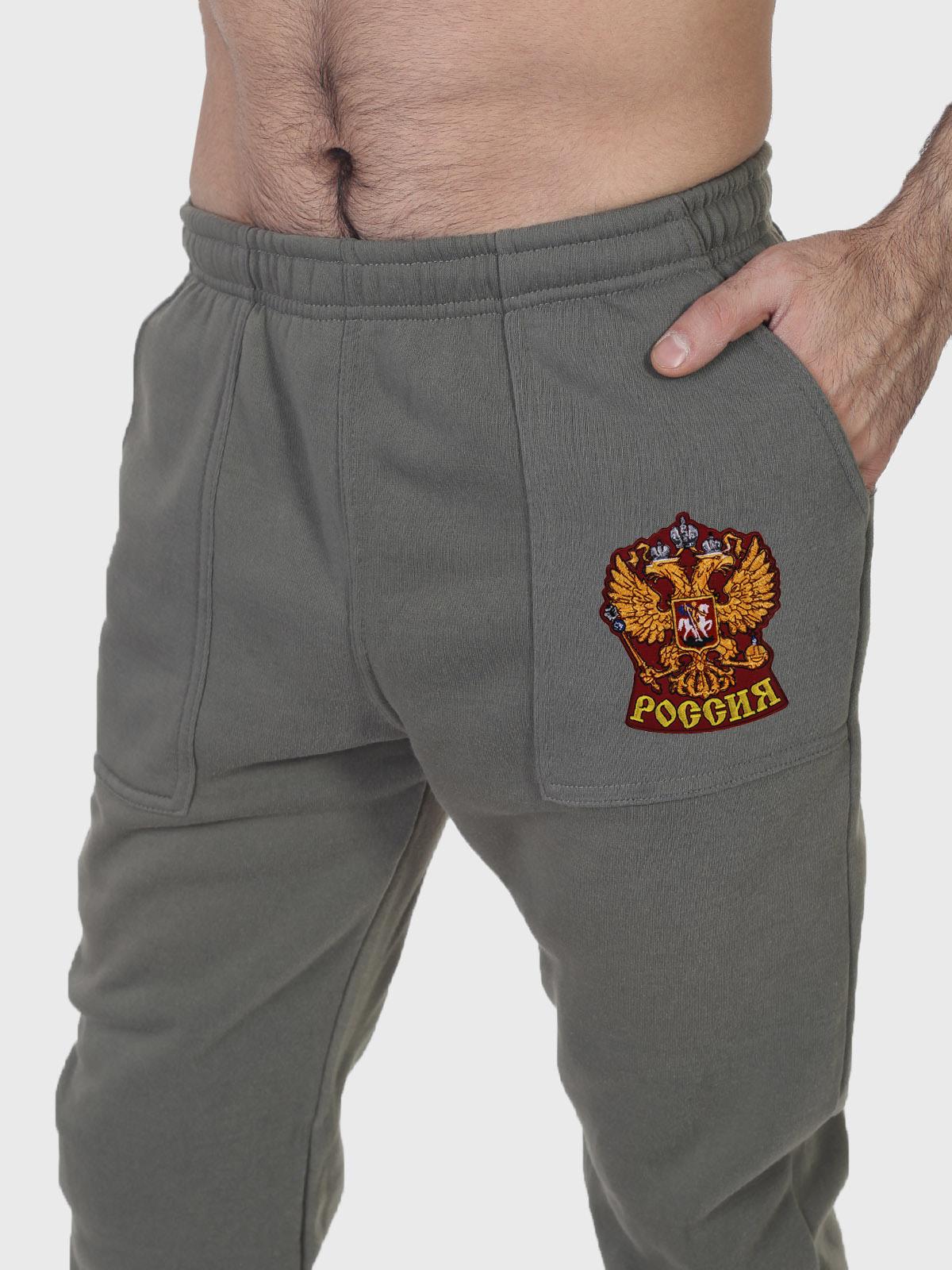 Утепленные мужские спортивные штаны с гербом России заказать в Военпро