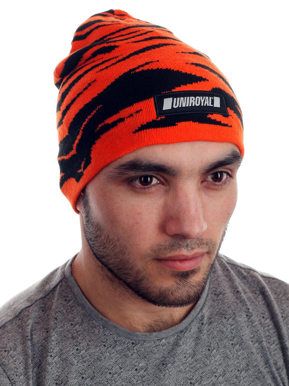 Яркая мужская шапочка с логотипом UNIROYAL
