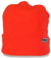 Яркая шапка United Rentals для жизнерадостных девушек. Популярная модель для тепла и комфорта