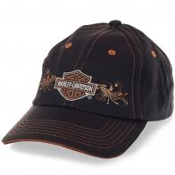 Женская бейсболка Harley-Davidson – оригинальный логотип, дизайнерская вышивка и фасон, который подходит под любой овал лица. Тебя запомнят!