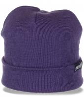 Женская шапка Neff привлекательного дизайна. Современная модель, актуальная в любую погоду