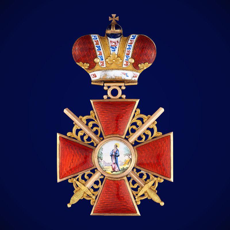 Знак ордена Святой Анны 1 степени (с короной и мечами)